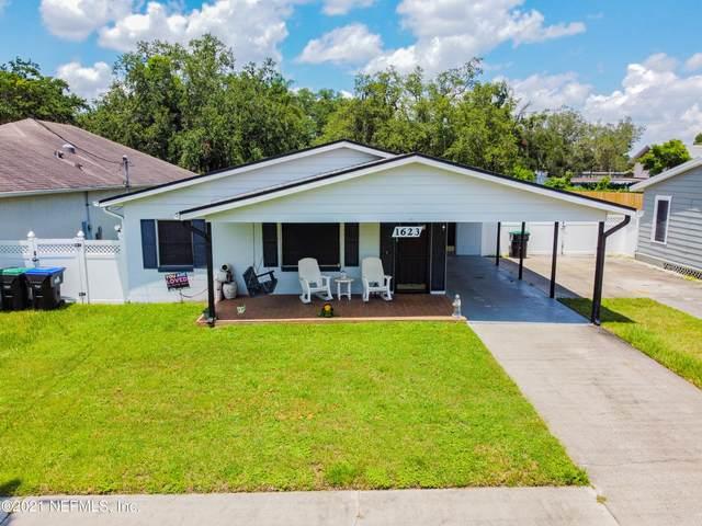 1623 Cumbie Ave, Orlando, FL 32804 (MLS #1124937) :: EXIT Real Estate Gallery