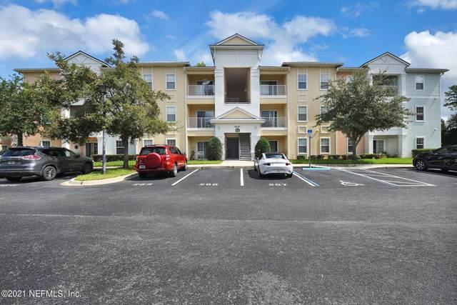 8241 Pelican Landing Way #205, Jacksonville, FL 32256 (MLS #1125610) :: The Hanley Home Team