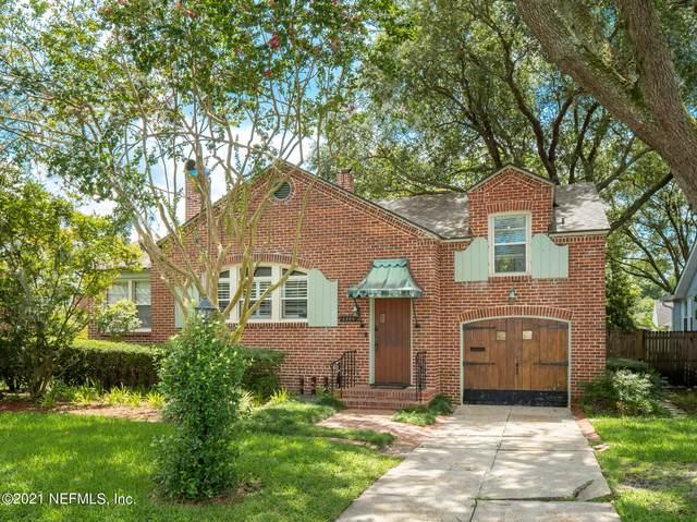 2565 Pineridge Rd, Jacksonville, FL 32207 (MLS #1126481) :: The Huffaker Group