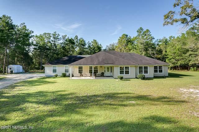 6190 Golden Oak Ln, Keystone Heights, FL 32656 (MLS #1126951) :: The Huffaker Group