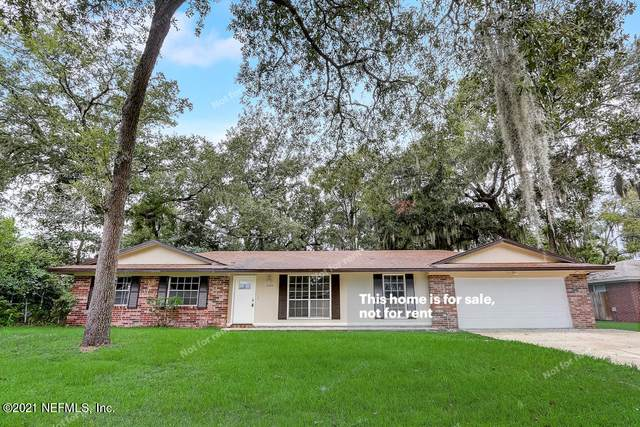 2258 Marcia Ct, Orange Park, FL 32073 (MLS #1127736) :: The Collective at Momentum Realty