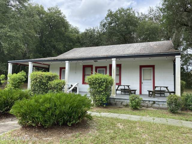 1042 State Road 20, Interlachen, FL 32148 (MLS #1127747) :: The Hanley Home Team