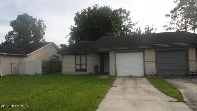 1348 Bay Hill Blvd A, Orange Park, FL 32065 (MLS #1127991) :: The Huffaker Group