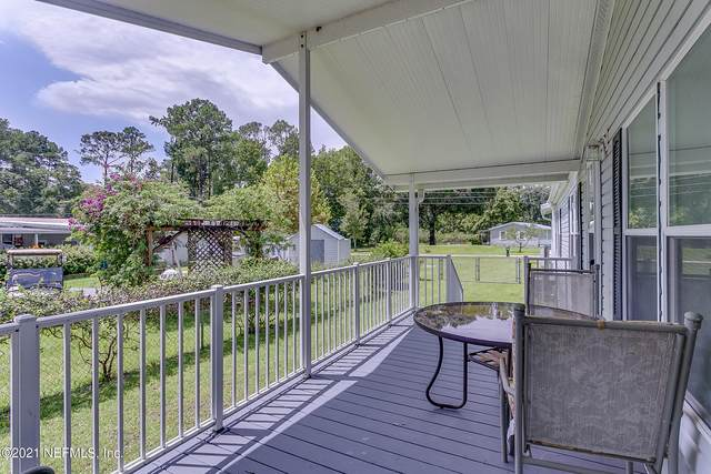 102 Cove Rd, Satsuma, FL 32189 (MLS #1128069) :: The Collective at Momentum Realty