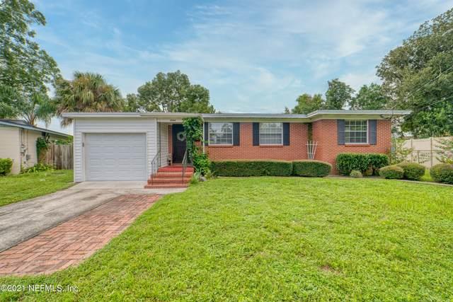 5944 Woodside Dr, Jacksonville, FL 32210 (MLS #1128110) :: The Randy Martin Team | Compass Florida LLC