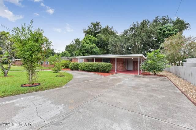5815 Lake Lucina Dr S, Jacksonville, FL 32211 (MLS #1128242) :: The Hanley Home Team