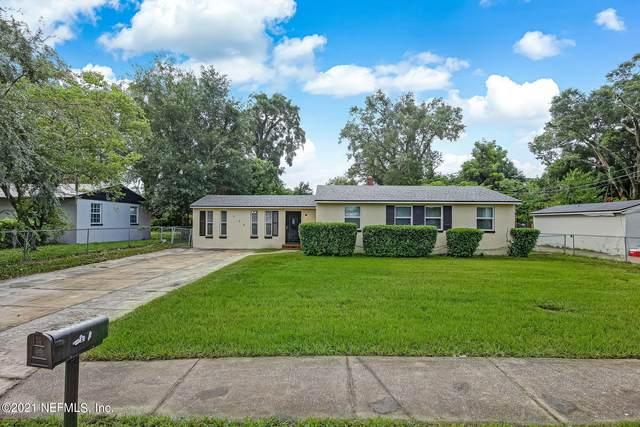 924 Kennard St, Jacksonville, FL 32208 (MLS #1128597) :: The Volen Group, Keller Williams Luxury International