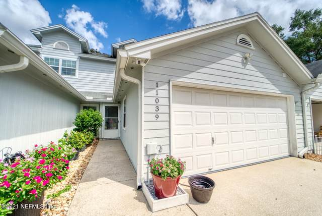 11039 Wandering Oaks Dr, Jacksonville, FL 32257 (MLS #1128855) :: The Collective at Momentum Realty