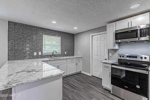 586 Madeira Dr, Orange Park, FL 32073 (MLS #1129559) :: Bridge City Real Estate Co.