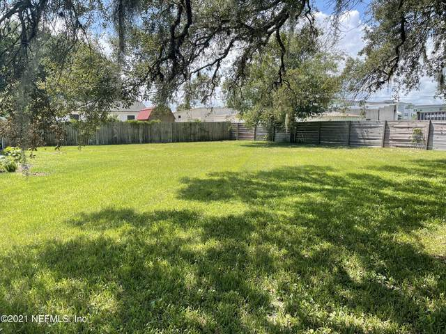 8 Poinciana Ave, St Augustine, FL 32084 (MLS #1129627) :: The Collective at Momentum Realty