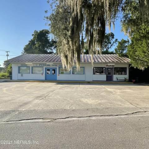 505 Atlantic Ave, Interlachen, FL 32148 (MLS #1129688) :: The Hanley Home Team