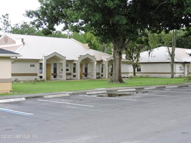 205 Zeagler Dr #203, Palatka, FL 32177 (MLS #1129954) :: Bridge City Real Estate Co.