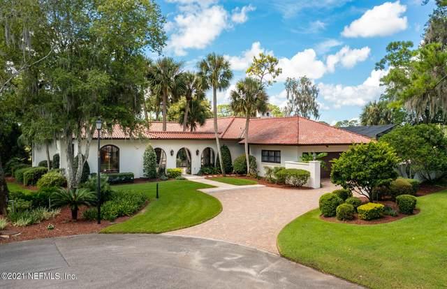 8070 Lakecrest Dr, Jacksonville, FL 32256 (MLS #1130111) :: The Perfect Place Team