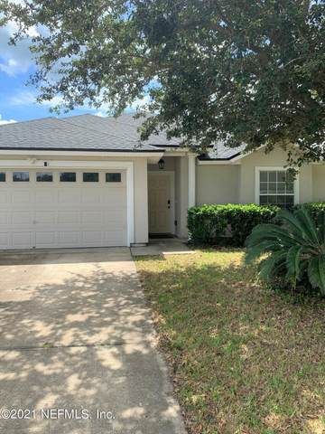 9472 Prosperity Lake Dr, Jacksonville, FL 32244 (MLS #1130312) :: The Collective at Momentum Realty