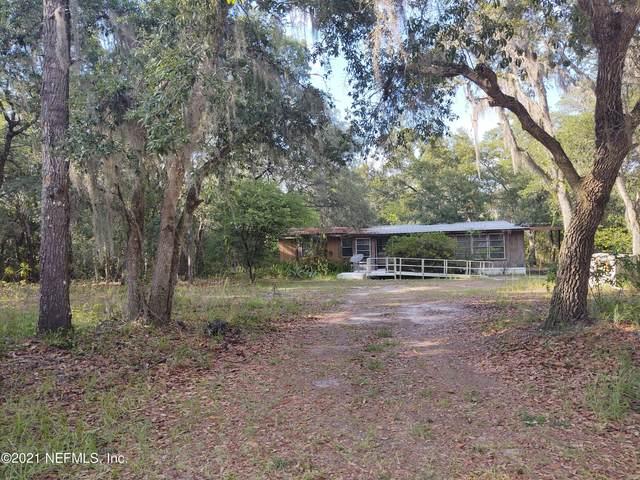 124 Lynne Dr, Palatka, FL 32177 (MLS #1130426) :: Bridge City Real Estate Co.