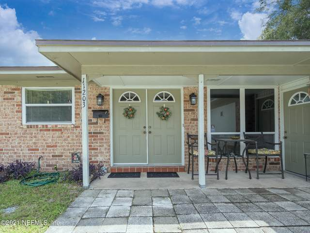 11203 Princessa Ln, Jacksonville, FL 32218 (MLS #1130842) :: The Collective at Momentum Realty
