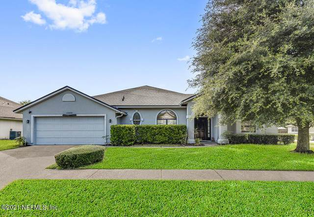 12090 Grand Lakes Dr, Jacksonville, FL 32258 (MLS #1130923) :: EXIT Real Estate Gallery