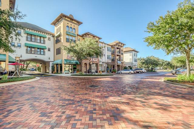 9822 Tapestry Park Cir #207, Jacksonville, FL 32246 (MLS #1131053) :: The Collective at Momentum Realty
