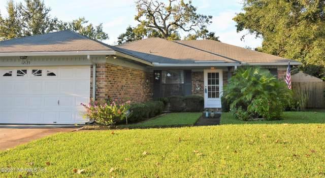 12135 Safeshelter Dr S, Jacksonville, FL 32225 (MLS #1131107) :: The Volen Group, Keller Williams Luxury International