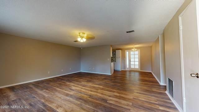 1232 Abilene Trl, Orange Park, FL 32065 (MLS #1131151) :: Ponte Vedra Club Realty