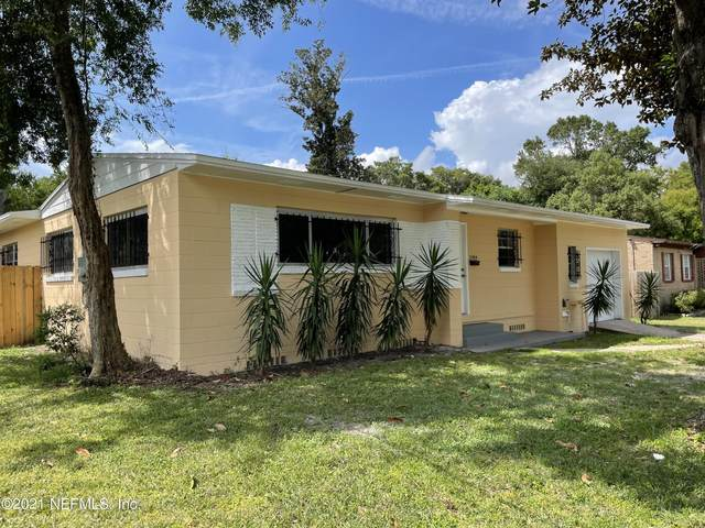 2454 Ormsby Cir W, Jacksonville, FL 32210 (MLS #1131254) :: Olde Florida Realty Group