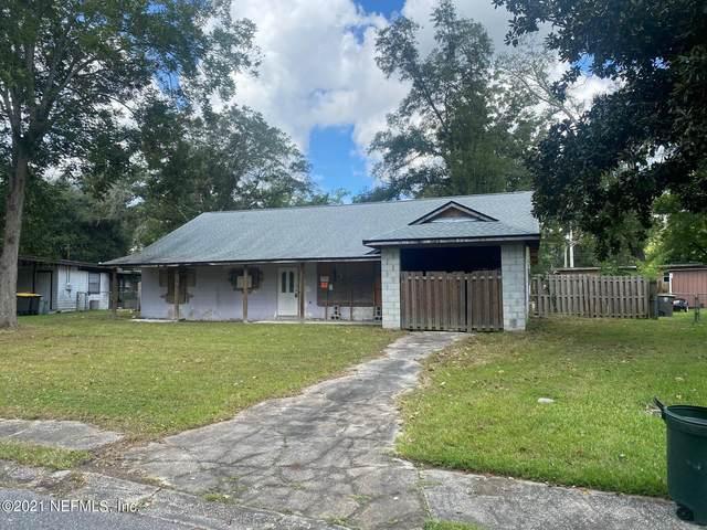 8113 Bazaine Dr, Jacksonville, FL 32210 (MLS #1131274) :: CrossView Realty