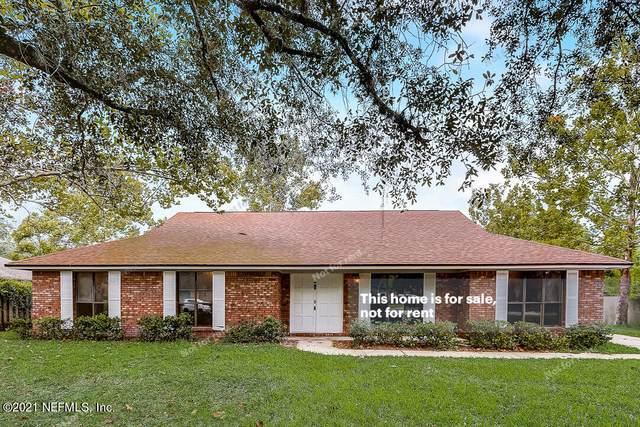 948 Maple Ridge Ct, Orange Park, FL 32065 (MLS #1131413) :: The Randy Martin Team | Compass Florida LLC