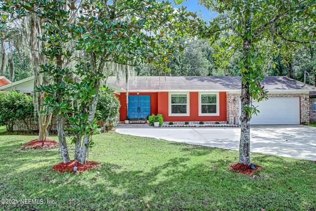 11633 Gwynford Ln, Jacksonville, FL 32223 (MLS #1131512) :: The Volen Group, Keller Williams Luxury International