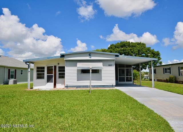 807 Beechwood Ave, LADY LAKE, FL 32159 (MLS #1131594) :: Vacasa Real Estate