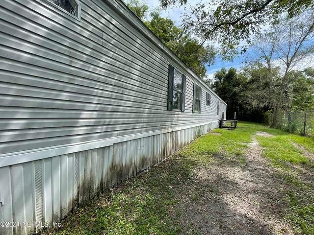 207 E Harris St, Palatka, FL 32177 (MLS #1131956) :: Berkshire Hathaway HomeServices Chaplin Williams Realty