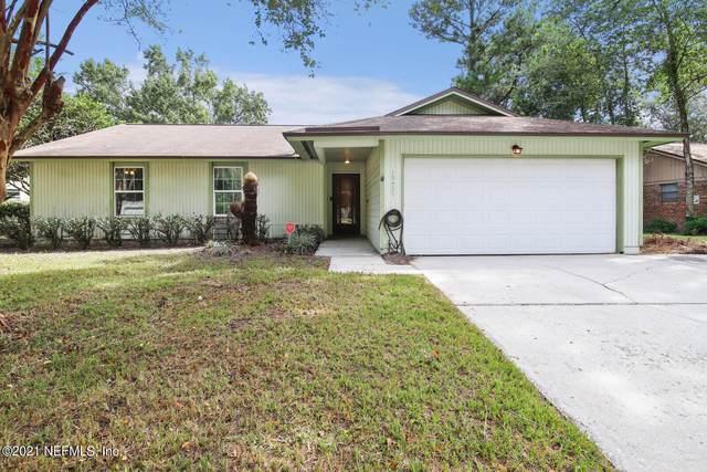 10427 Docksider Dr W, Jacksonville, FL 32257 (MLS #1132044) :: Olde Florida Realty Group