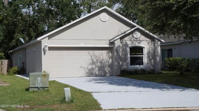 2043 Wiley Oaks Ln, Jacksonville, FL 32210 (MLS #1132391) :: The DJ & Lindsey Team