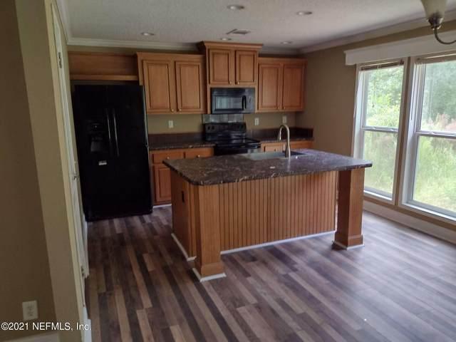 2866 Spring Dr, Middleburg, FL 32068 (MLS #1132689) :: EXIT Real Estate Gallery