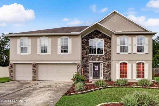 54557 Turning Leaf Dr, Callahan, FL 32011 (MLS #1132897) :: The Perfect Place Team