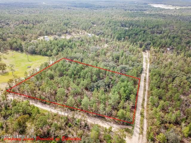 5385 Golden Oak Ln, Keystone Heights, FL 32656 (MLS #1132958) :: EXIT Real Estate Gallery