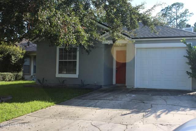 3131 Wavering Ln, Middleburg, FL 32068 (MLS #1132960) :: Berkshire Hathaway HomeServices Chaplin Williams Realty