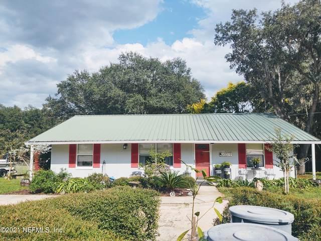 208 Hayman Dr, Interlachen, FL 32148 (MLS #1133110) :: Olde Florida Realty Group