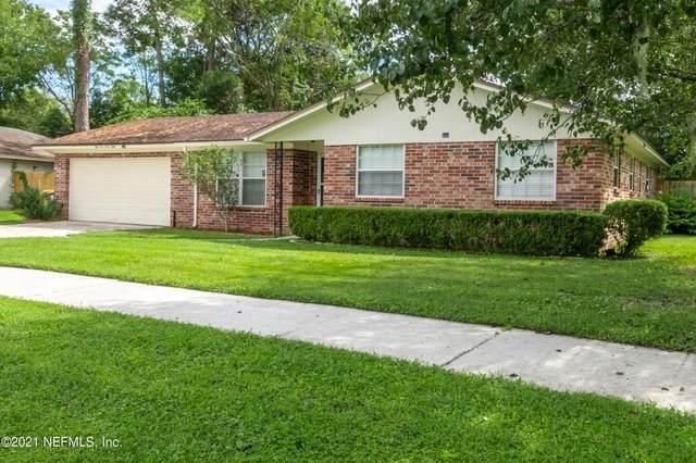5568 Lofty Pines Cir S, Jacksonville, FL 32210 (MLS #1133899) :: The Hanley Home Team