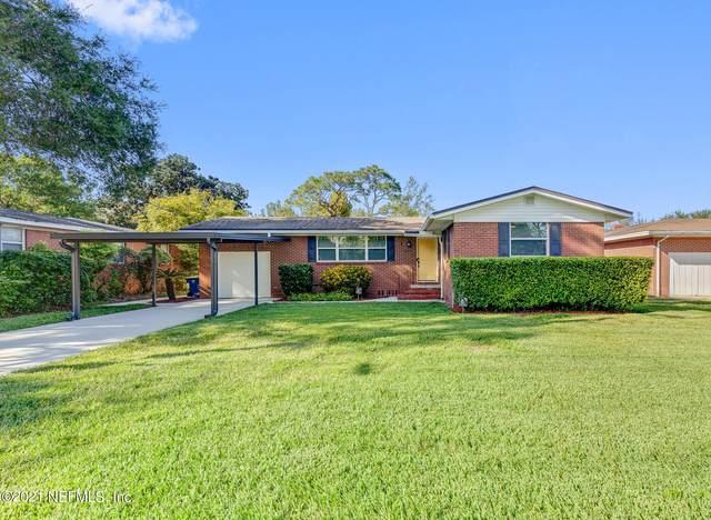 6545 Syringa Ln, Jacksonville, FL 32211 (MLS #1134128) :: The Huffaker Group