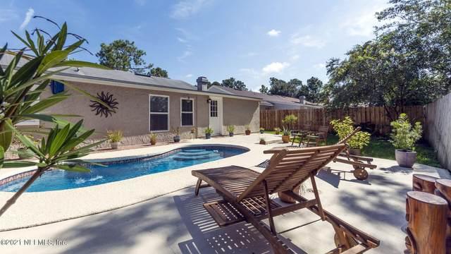 13046 Twin Pines Cir S, Jacksonville, FL 32246 (MLS #1134578) :: The Volen Group, Keller Williams Luxury International