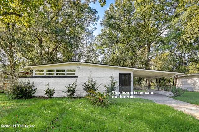 7038 Clovis Rd, Jacksonville, FL 32205 (MLS #1134862) :: The Collective at Momentum Realty