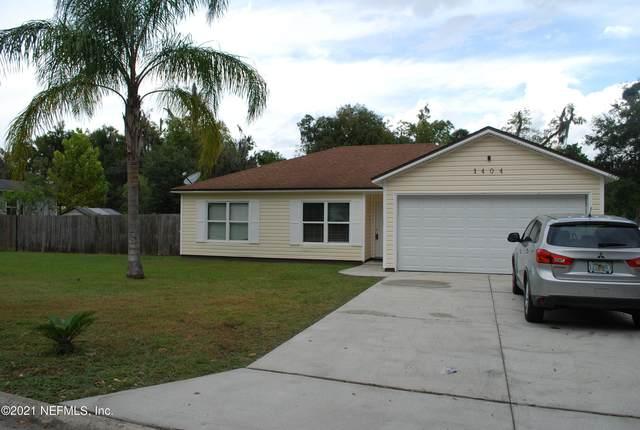 1404 Diana Dr, Palatka, FL 32177 (MLS #1135454) :: Berkshire Hathaway HomeServices Chaplin Williams Realty