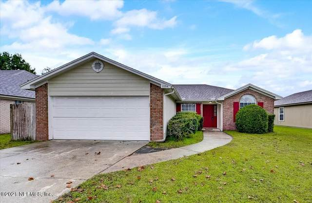 11194 Wondering Oaks Dr, Jacksonville, FL 32257 (MLS #1135825) :: EXIT Inspired Real Estate