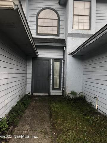 12046 Candlewyck Ln, Jacksonville, FL 32225 (MLS #1136261) :: The Volen Group, Keller Williams Luxury International