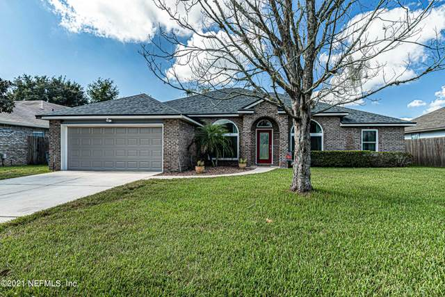 3158 Highland Grove Dr, Orange Park, FL 32065 (MLS #1136422) :: The Impact Group with Momentum Realty