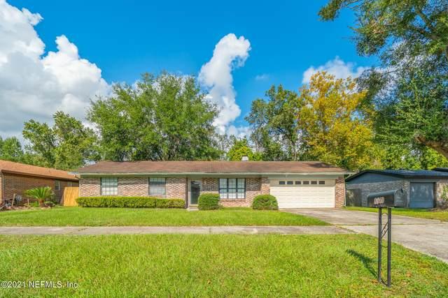 4840 Lofty Pines Cir W, Jacksonville, FL 32210 (MLS #1136590) :: The Hanley Home Team