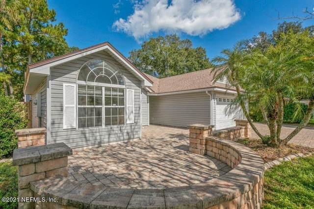 7845 Lady Smith Ln, Jacksonville, FL 32244 (MLS #1136773) :: Military Realty