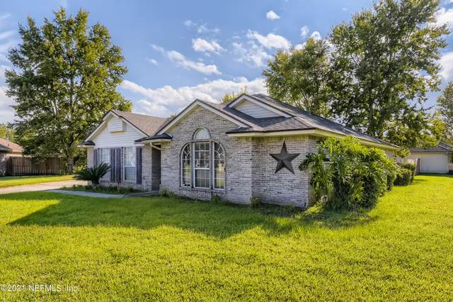 2474 Blue Star Ct, Middleburg, FL 32068 (MLS #1136922) :: The Impact Group with Momentum Realty