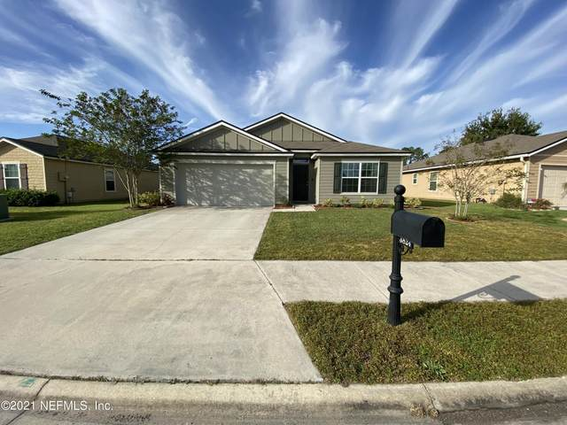 3824 Falcon Crest Dr, GREEN COVE SPRINGS, FL 32043 (MLS #1137273) :: The Impact Group with Momentum Realty