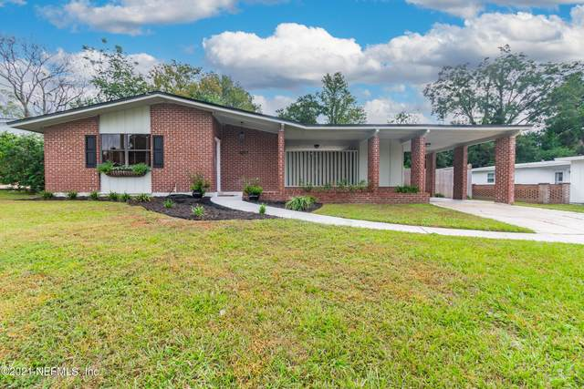 1207 Crown Dr, Jacksonville, FL 32221 (MLS #1137390) :: CrossView Realty